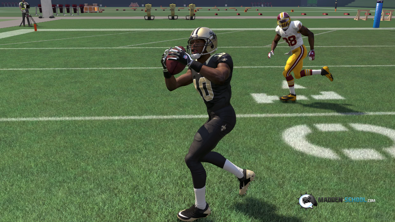 Madden 16 Y Out HB Swing